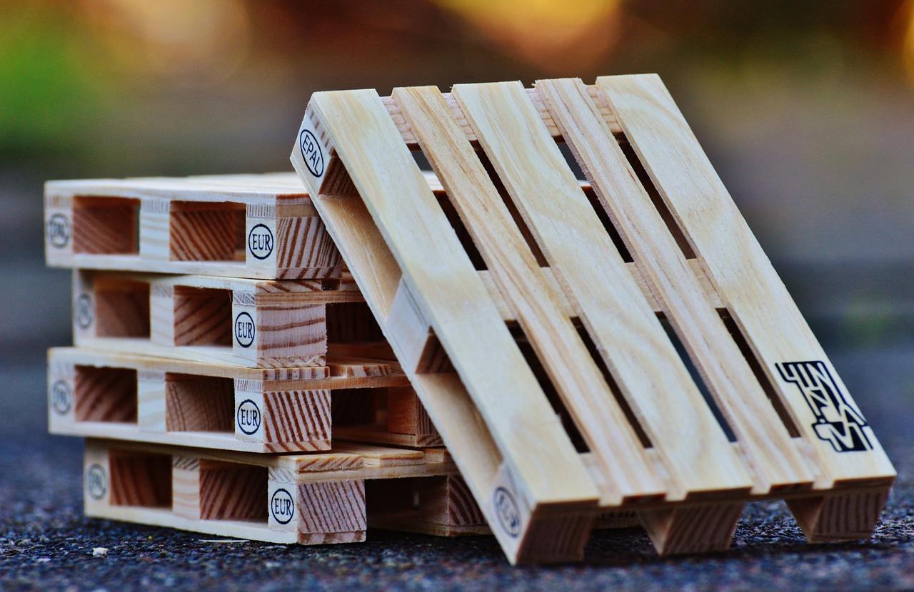 euro-pallets-1160806_1280