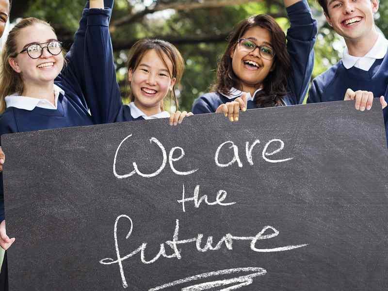 La Terra si muove, e anche gli studenti