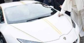 Lamborghini del Papa venduta, costruito un asilo in Iraq-