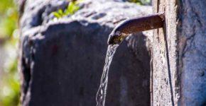Acqua pubblica, pronto al salto indietro